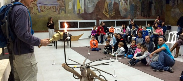 חנוכה 2014 בכפר אוריה - הדלקת נרות משותפת