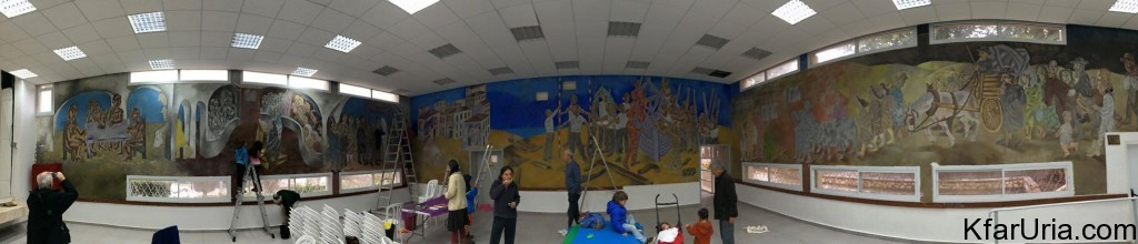 ציור הקיר של אברהם אופק כפר אוריה - שיפוץ 4