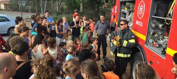 שעת סיפור מכבי אש כפר אוריה יוני 2015